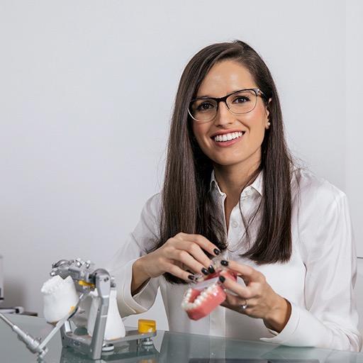 Dra. Carmen Muñoz